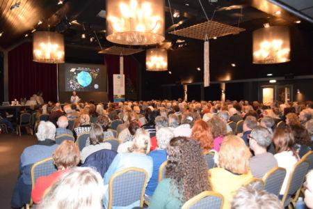Grote opkomst bij Maarten over 'De reis van de reïncarnerende ziel'